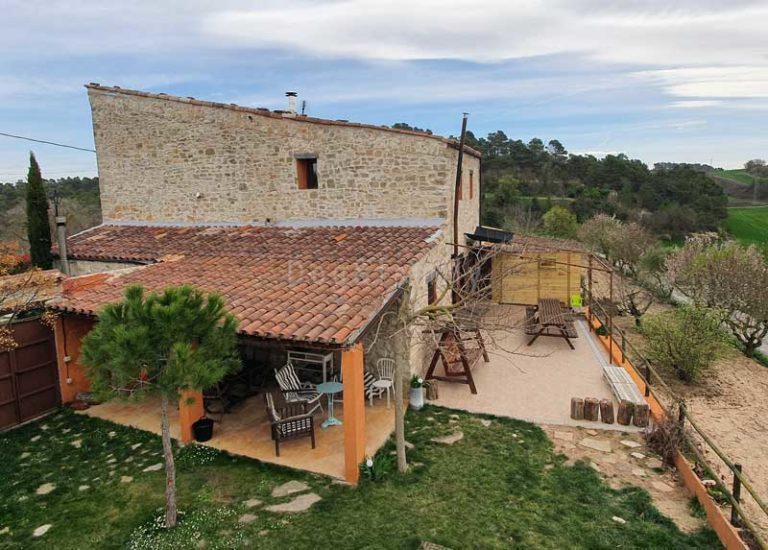 Can Pinyol una casa rural dogfriendly a la Conca de Barberà